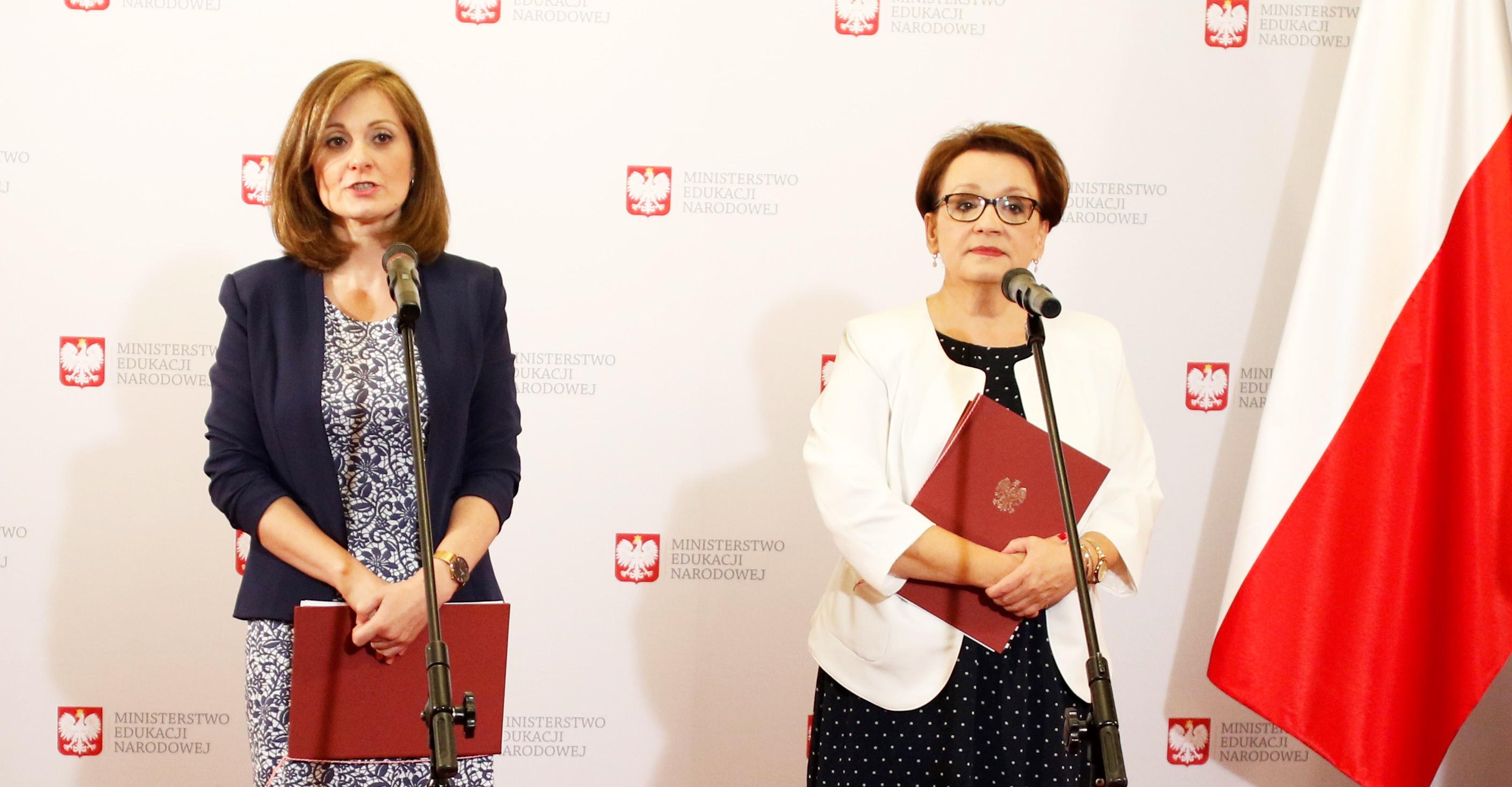 98d20ff5fd980f Ochrona danych osobowych w szkole – poradnik UODO i MEN - Ministerstwo  Edukacji Narodowej - Portal gov.pl
