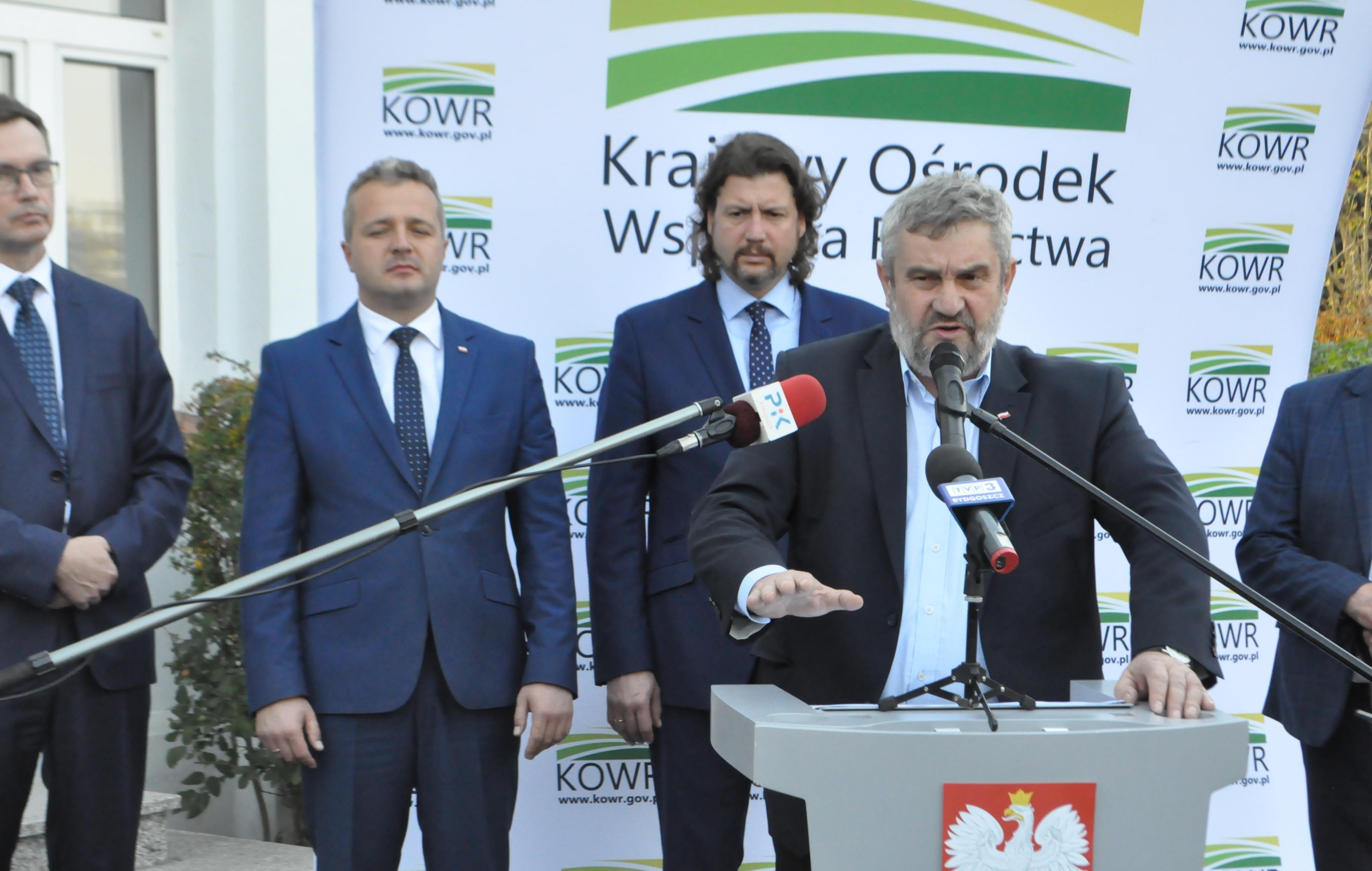 Konferencja prasowa w Łysomicach k.Torunia