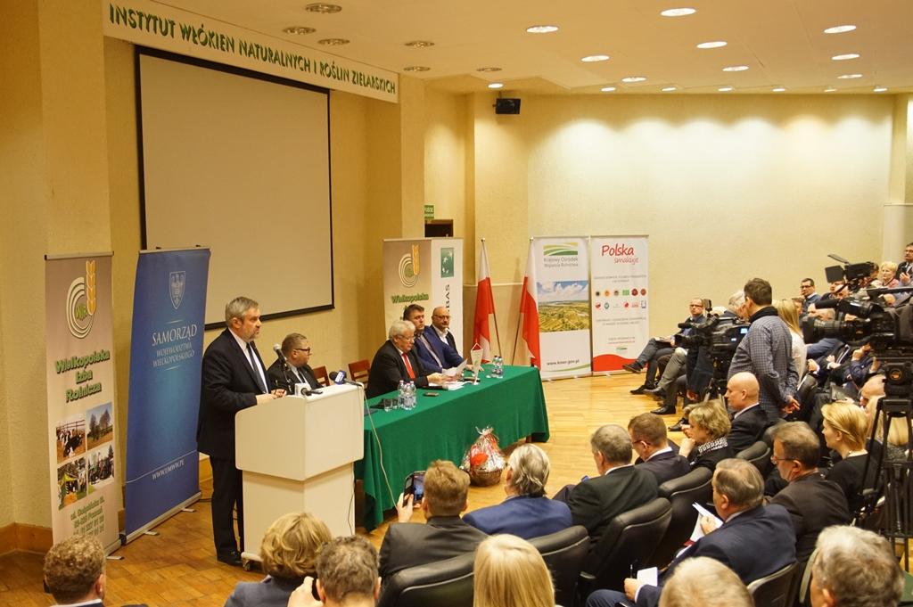 Minister J.K. Ardanowski podczas wystąpienia na Forum
