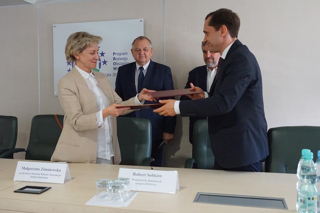 Podpisanie umowy między Instytutem a Grupą LOTOS (2)