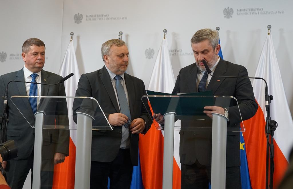 Prezes Wiktor Szmulewicz wręczył postulaty KRIR ministrowi Ardanowskiemu