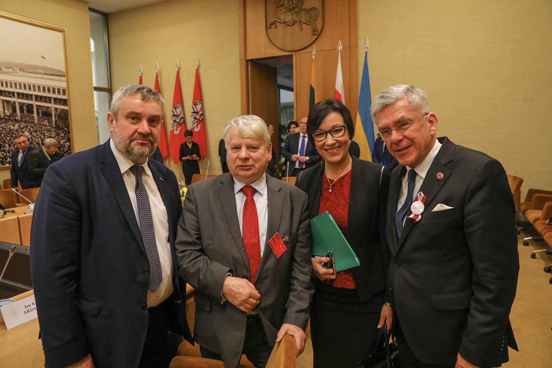 Przedstawiciele polskiej delegacji