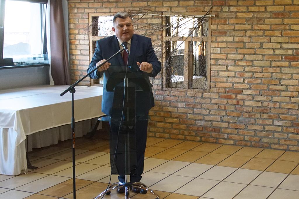 Sekretarz stanu T. Romańczuk podczas spotkania z rolnikami