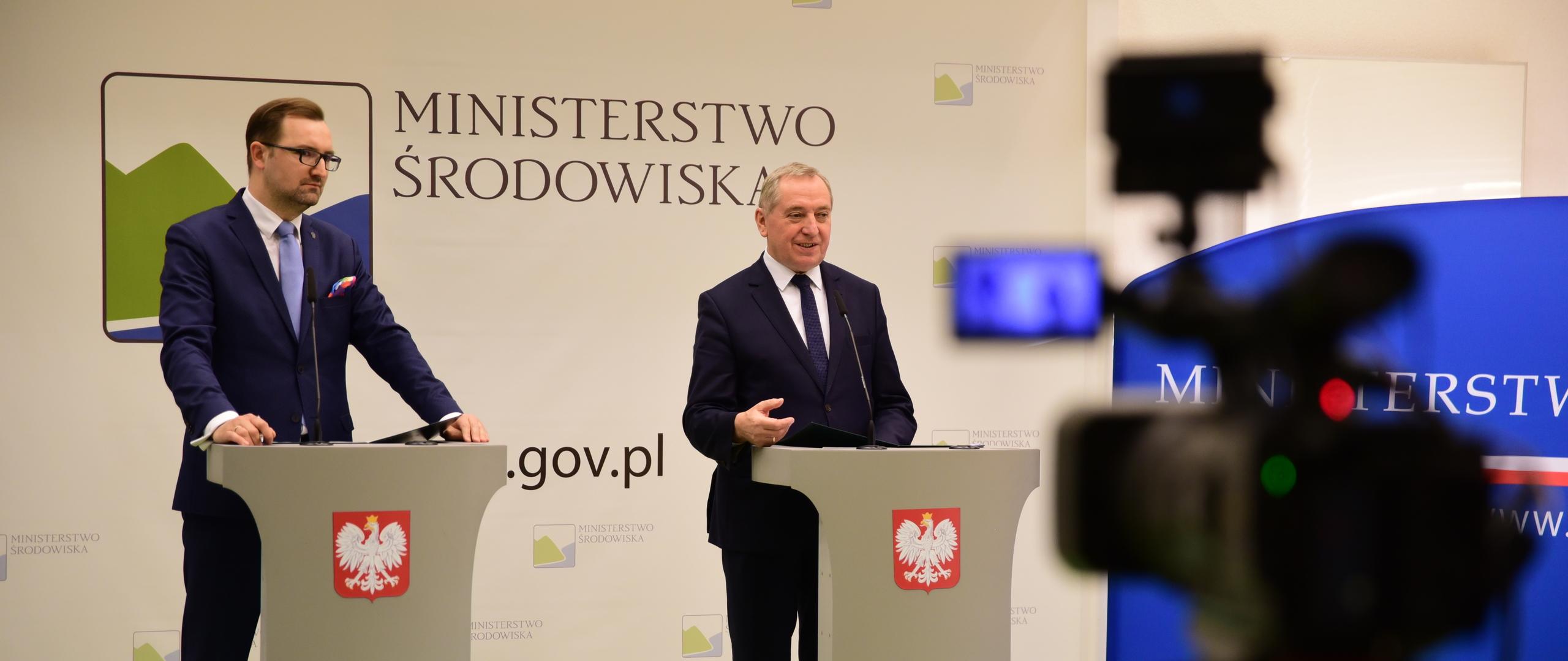 Minister Kowalczyk: Stan gospodarki odpadami w Warszawie wymaga pilnej poprawy