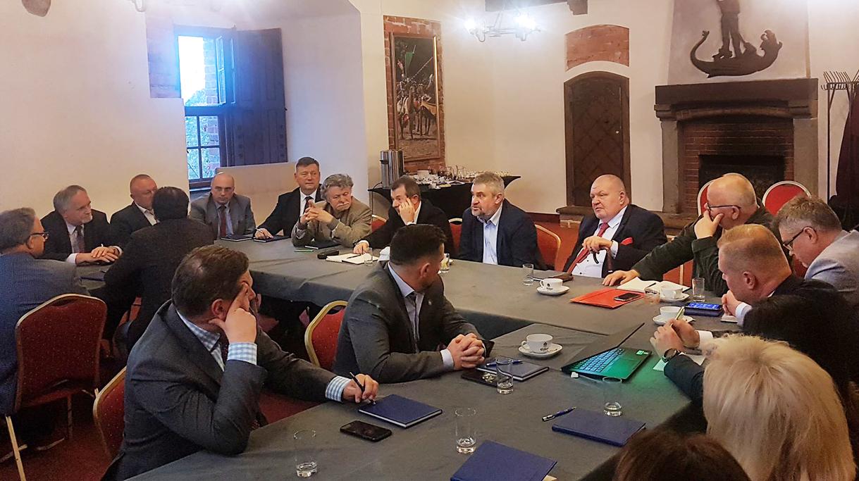 Narada weterynarzy w Gniewie, z udziałem ministra J. K. Ardanowskiego