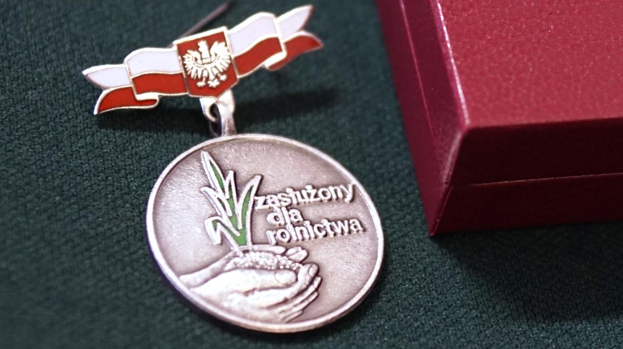 Odznaka Zasłużony dla rolnictwa