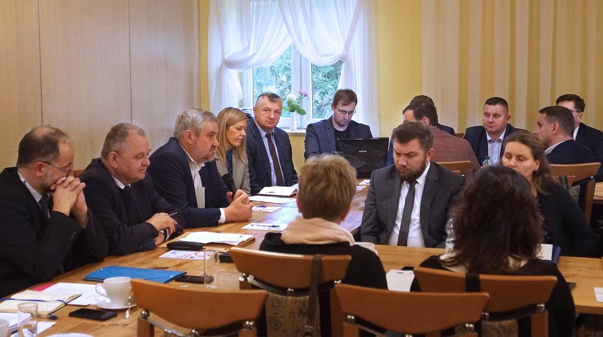 Minister J. K. Ardanowski i podsekretarz stanu R. Zarudzki na spotkaniu z dyrektorami ODR