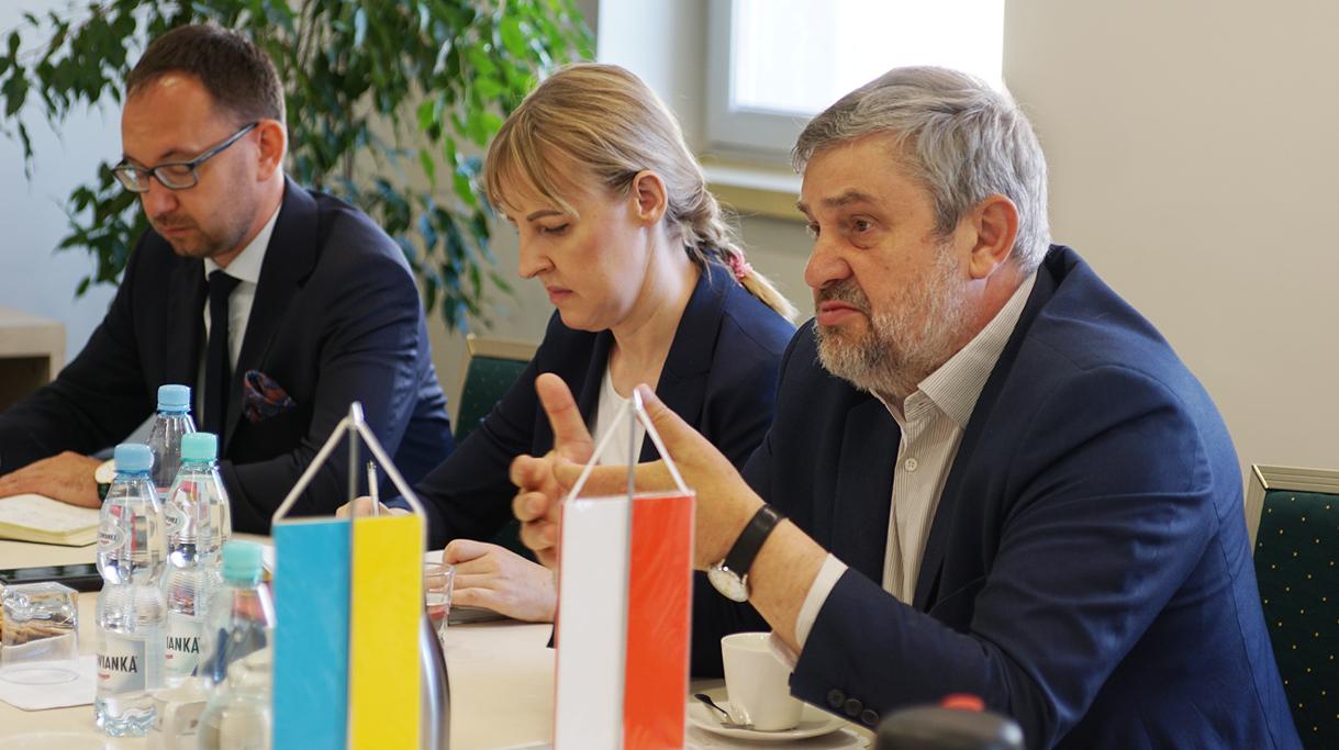 Minister J. K. Ardanowski podczas rozmowy z ambasadorem Ukrainy