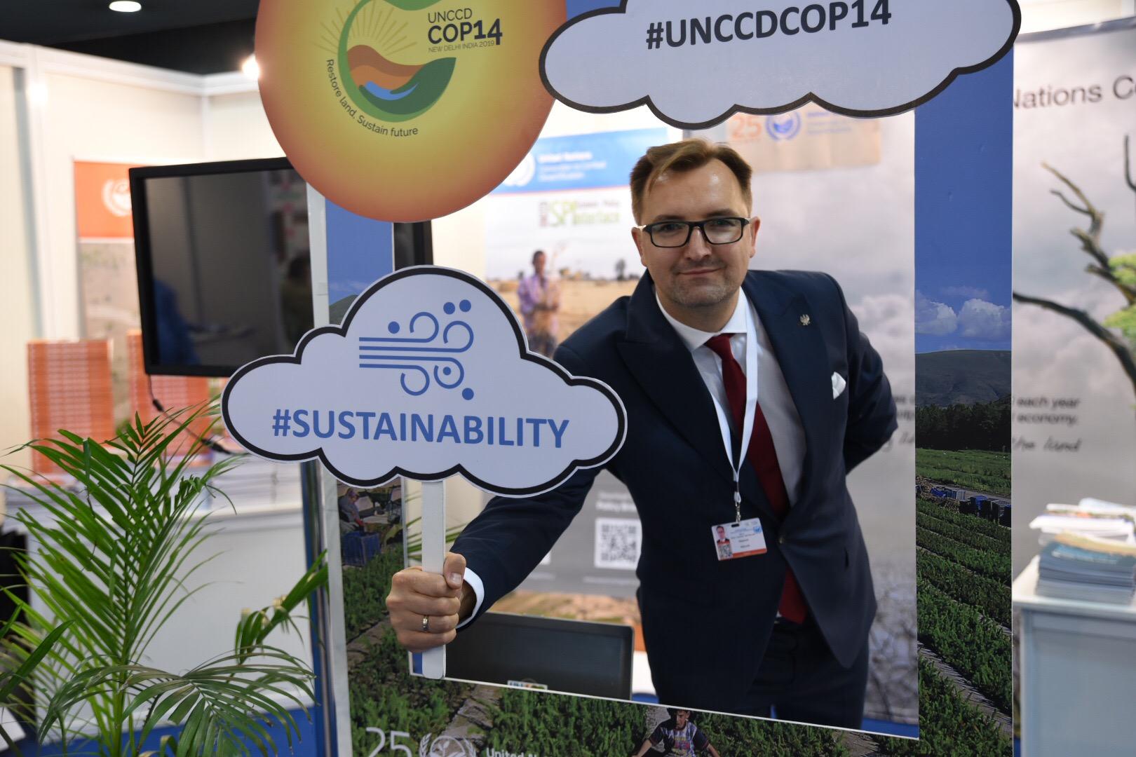 Wiceminister Sławomir Mazurek na konferencji COP14