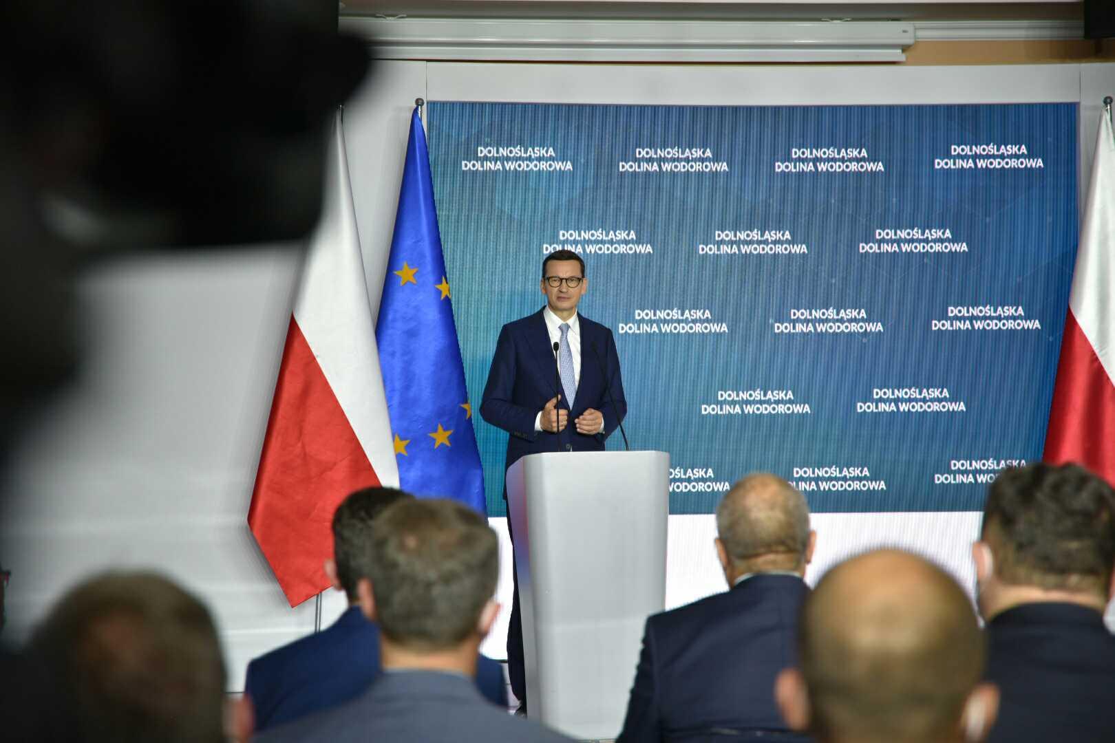 Premier podczas podpisania Listu intencyjnego w sprawie utworzenia Dolnośląskiej Doliny Wodorowej