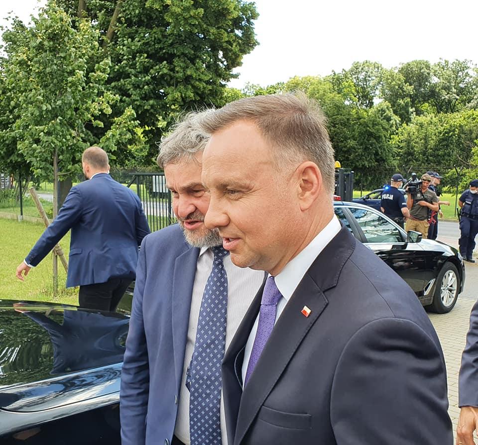 Prezydent RP A. Duda w towarzystwie ministra J.K. Ardanowskiego