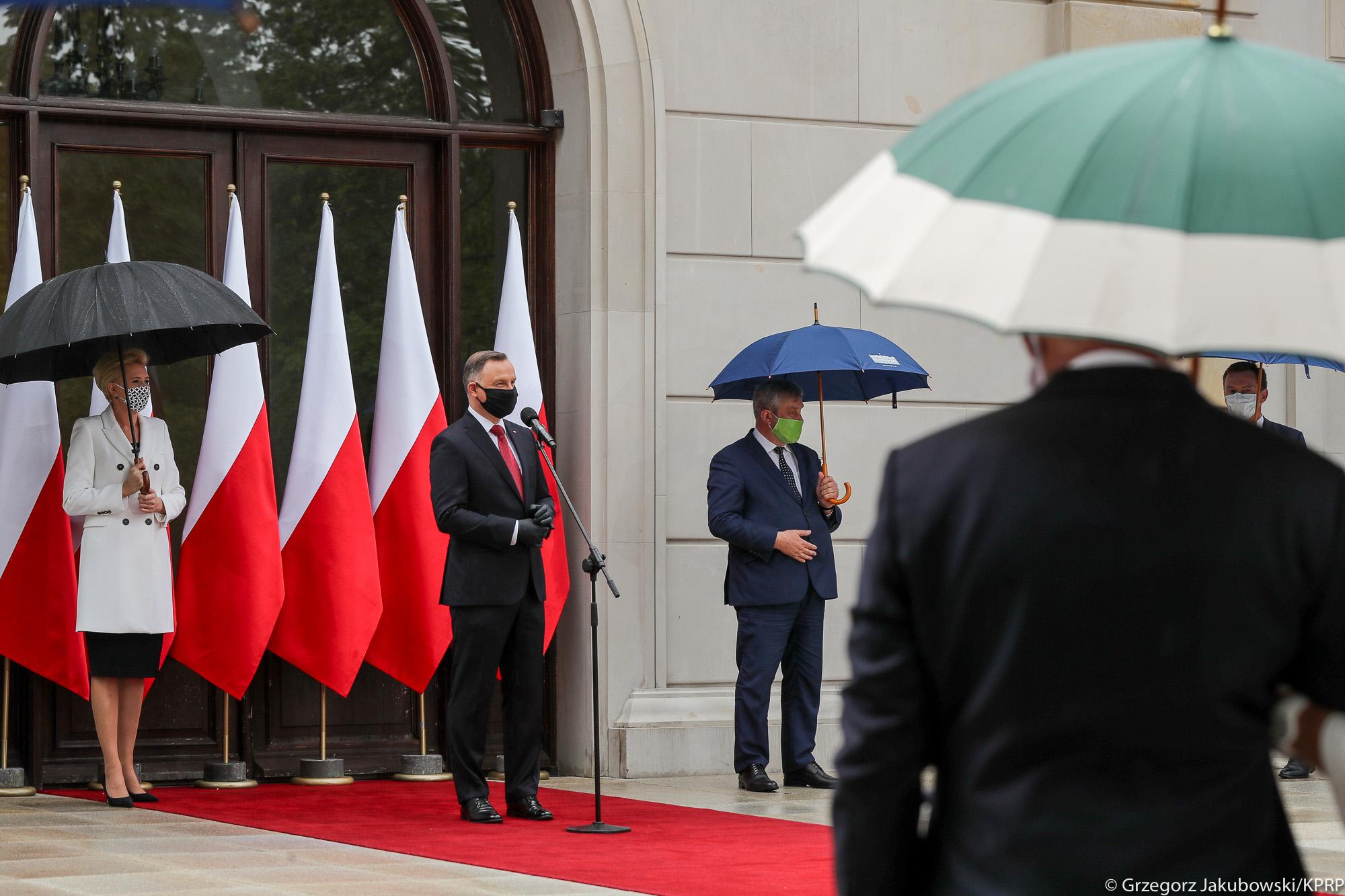 Para Prezydencka oraz minister J. K. Ardanowski podczas uroczystej Gali AgroLigi 2019 w Pałacu Prezydenckim
