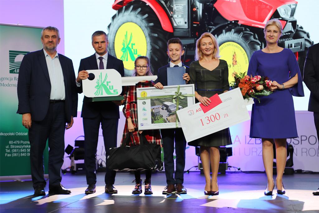 Wręczenie głównej nagrody konkursu Bezpieczne Gospodarstwo Rolne