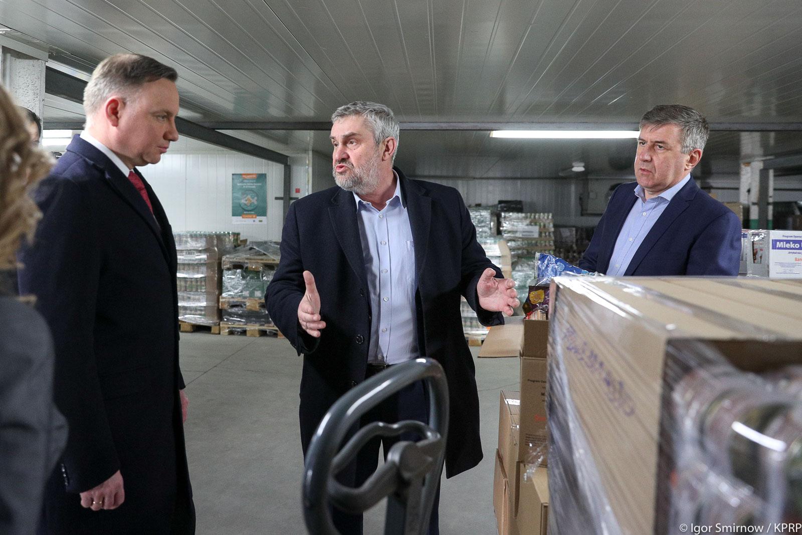 Prezydent RP Andrzej Duda i minister J. K. Ardanowski podczas wizyty w Ciechanowie