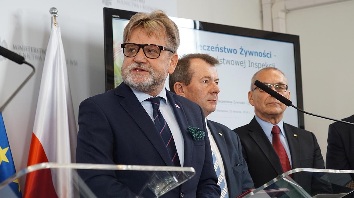 Główny Inspektor Sanitarny Jarosław Pinkas podczas swojego wystąpienia na konferencji