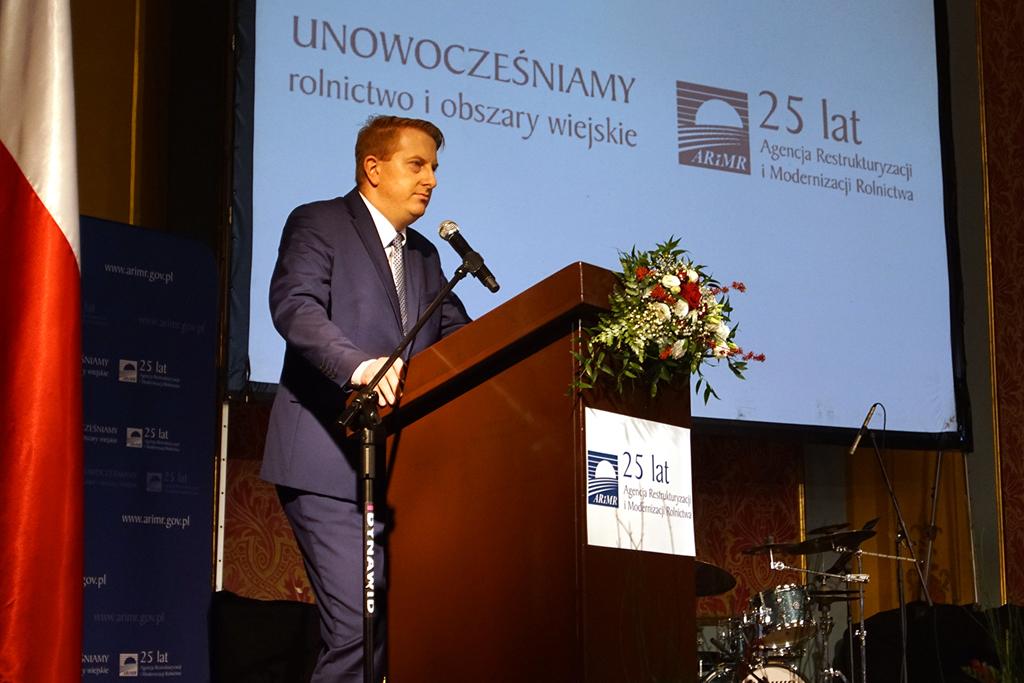 Prezes ARiMR T. Nowakowski podczas wystąpienia
