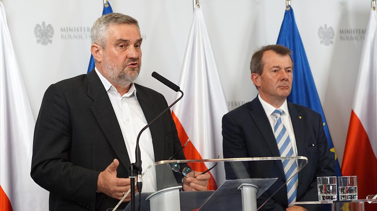 Minister Ardanowski podczas swojego wystąpienia na konferencji
