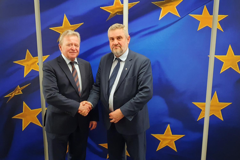 Komisarz UE ds. rolnictwa J. Wojciechowski z min. J. K. Ardanowskim