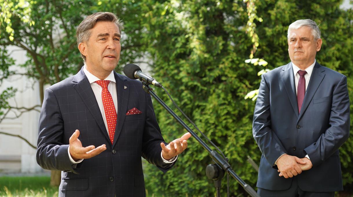 Z. Gryglas, wiceminister aktywów państwowych podczas wystąpienia