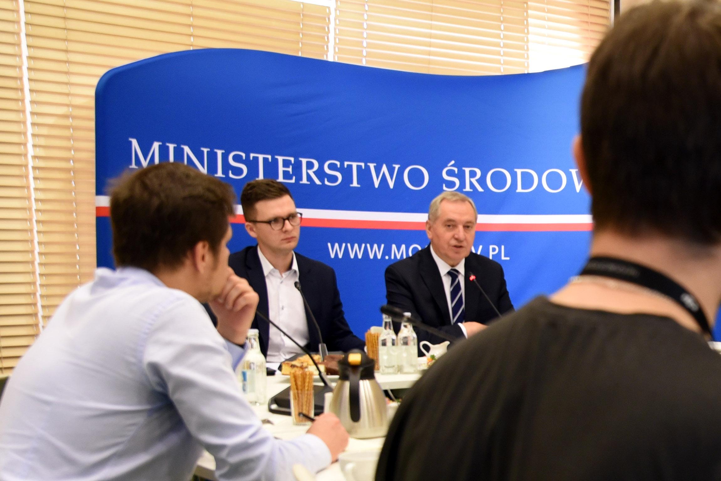 śniadanie prasowe ministra Kowalczyka dot. kampanii