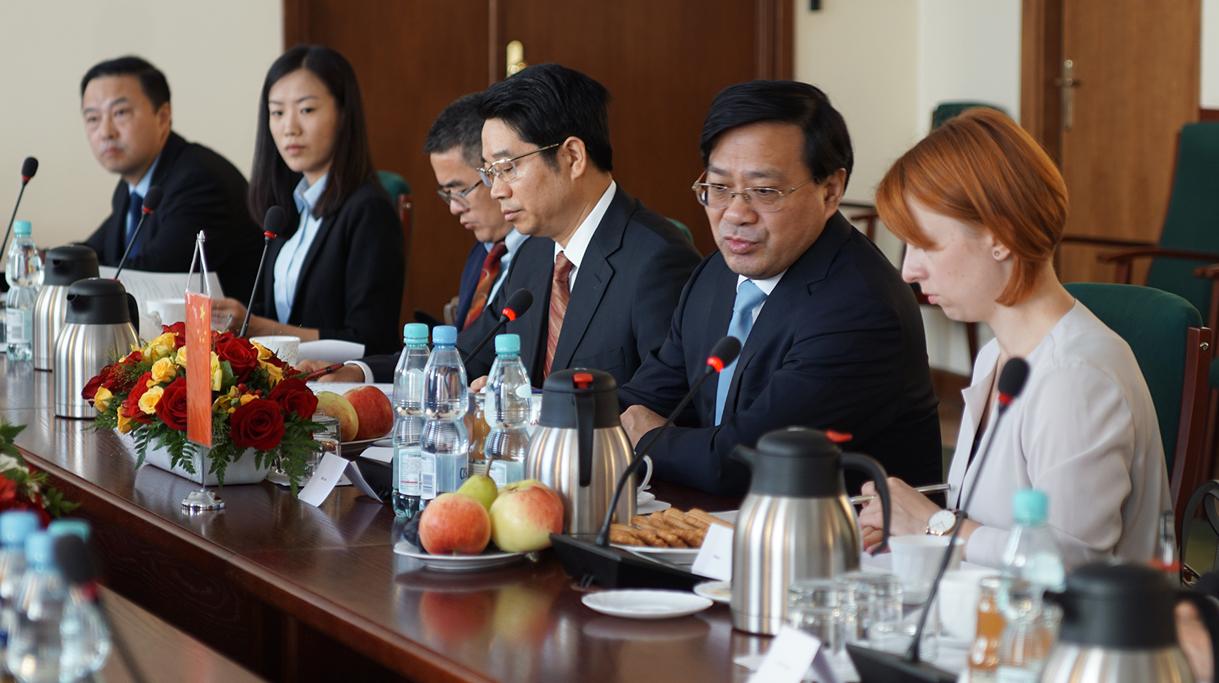 Goście z Chin na spotkaniu w Ministerstwie Rolnictwa
