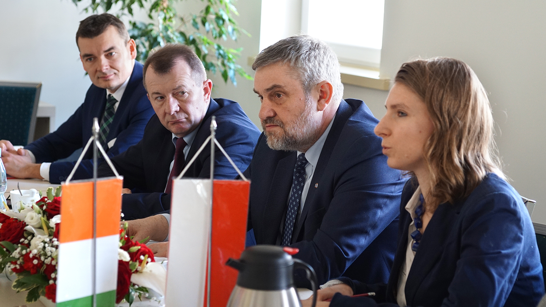 Polska delegacja z min. J. K. Ardanowskim