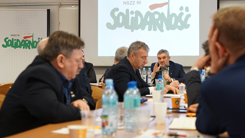 Min. J. K. Ardanowski przemawiający do uczestników spotkania