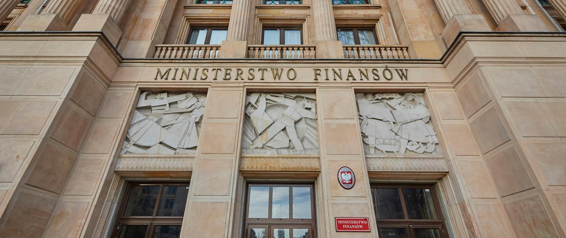Wejście do gmachu Ministerstwa Finansów