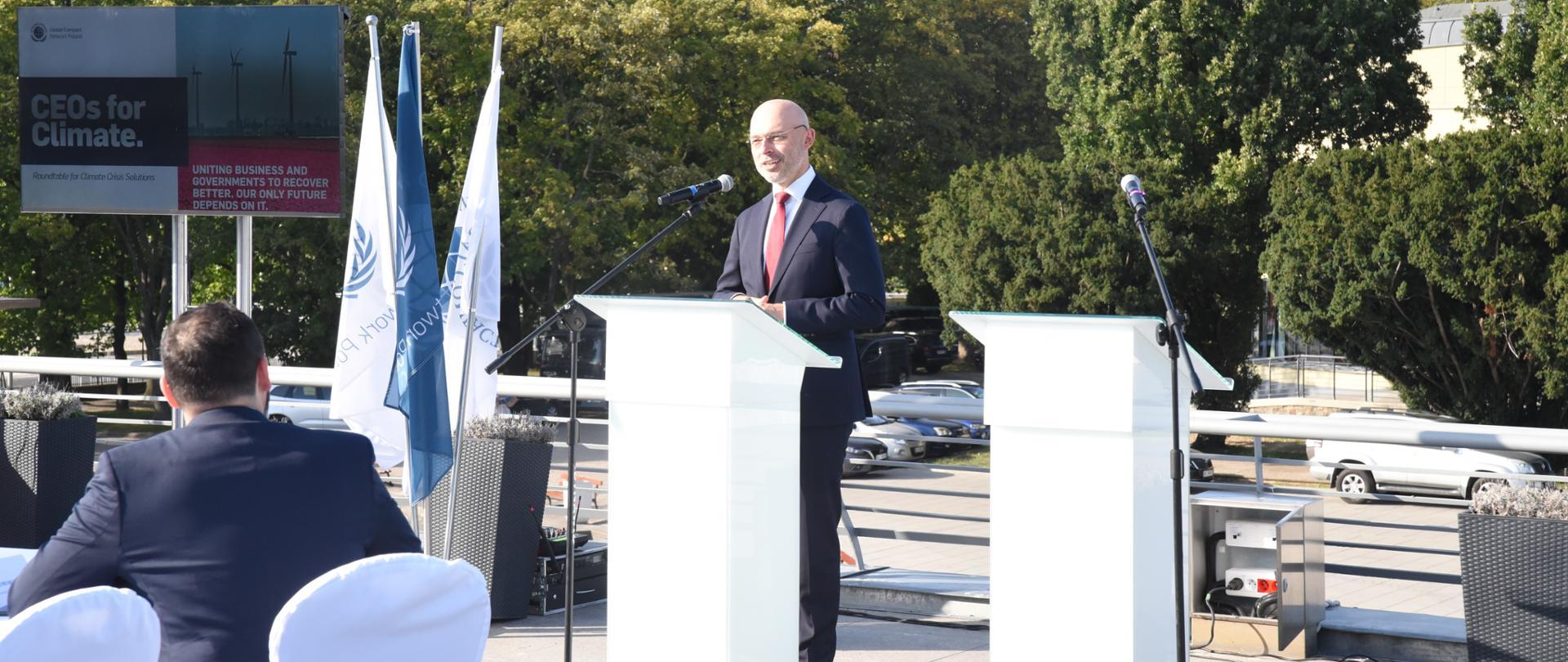 Minister Michał Kurtyka na pierwszym spotkaniu w ramach cyklu CEO for Climate