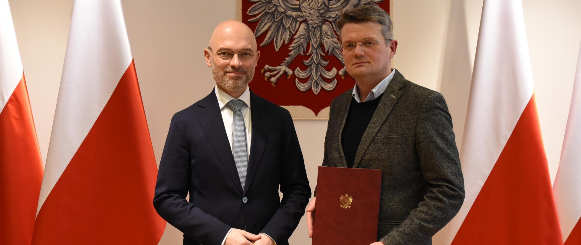 Minister Klimatu Michał Kurtyka i wiceprezes Narodowego Funduszu Ochrony Środowiska i Gospodarki Wodnej Artur Lorkowski