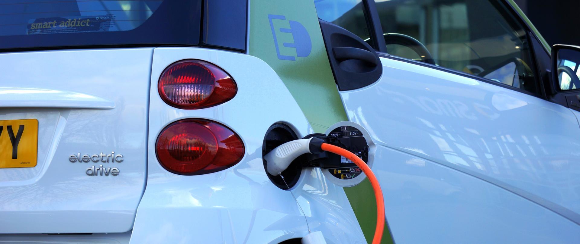 Polska przystępuje do Electric Vehicles Initiative (EVI)