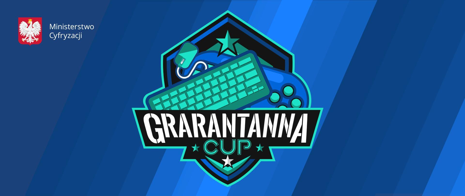 Logotyp wydarzenia. Napis Grarantanna Cup. W logo klawiatura, myszka, pad. Urządzenia leżą jedno na drugim. Tło niebieskie - skośne paski w różnych odcieniach. W lewym górnym rogu - logo ministerstwa.