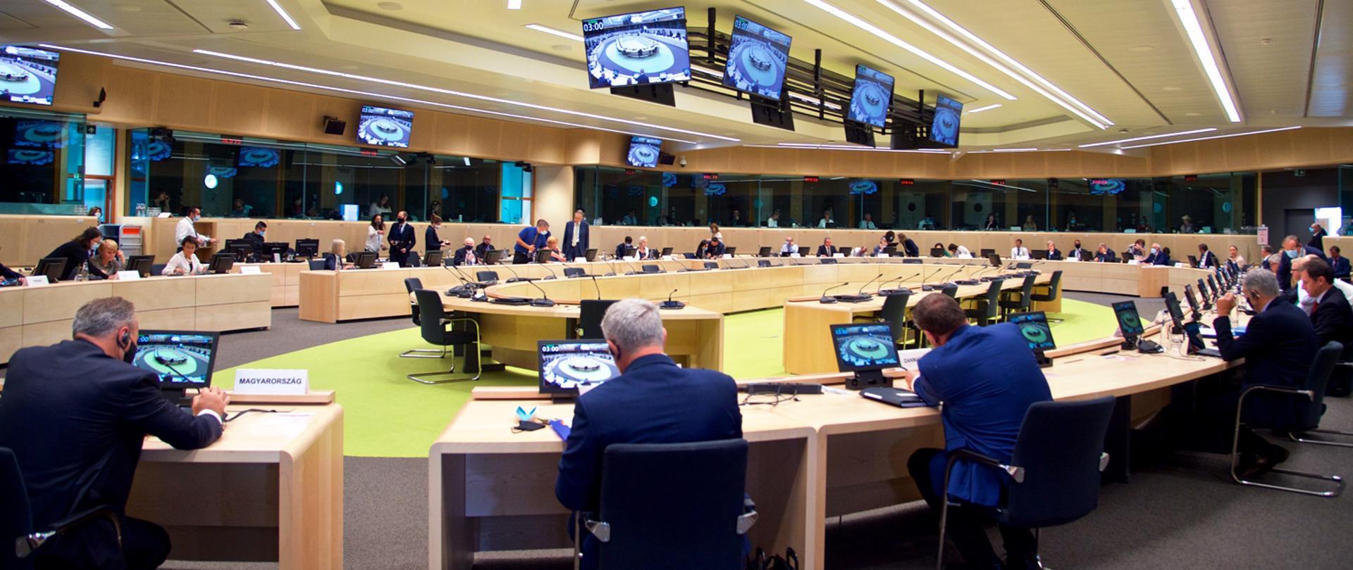 Rada Ministrów rolnictwa UE finalizuje ustalenia dotyczące reformy WPR po 2020 r.