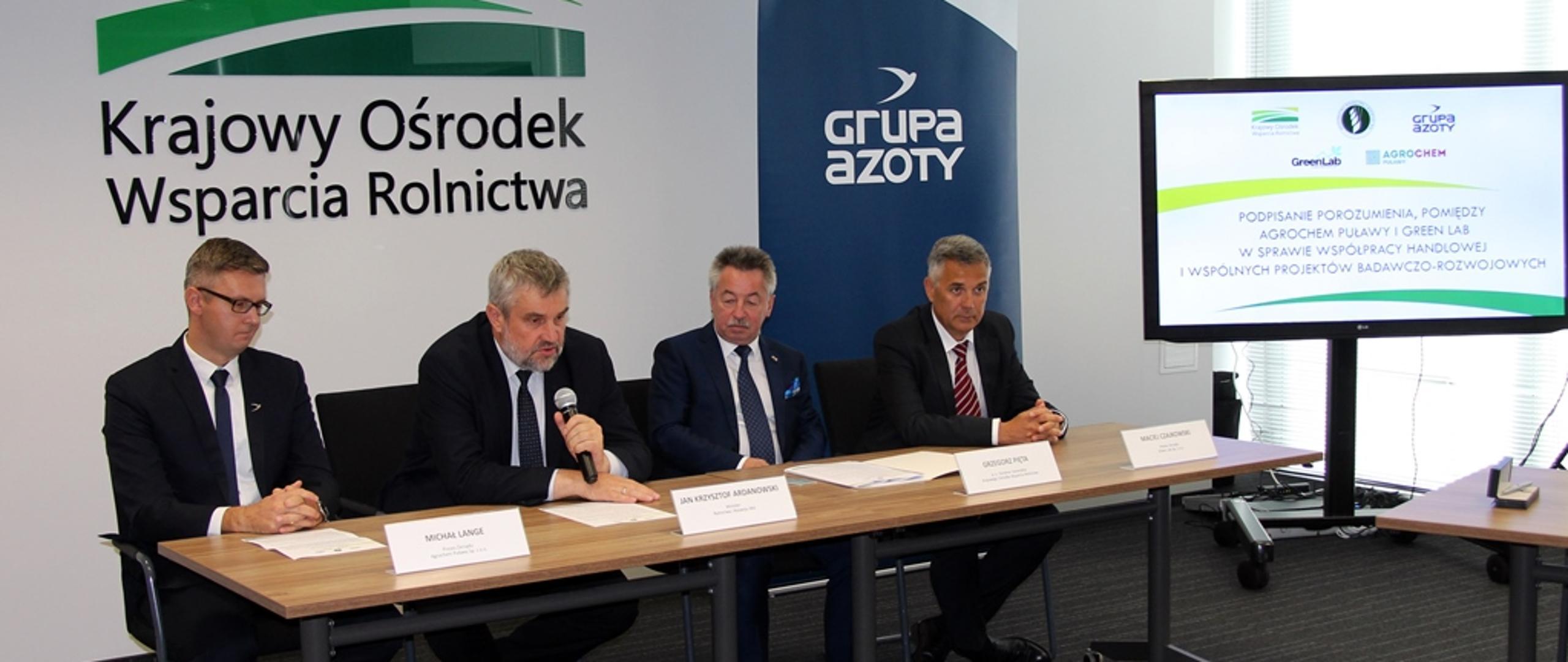 Porozumienie Agrochem Puławy i Green Lab