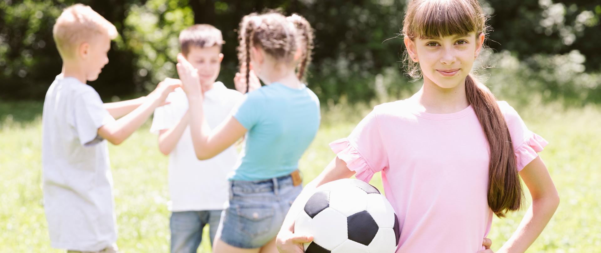 Bezpieczny wypoczynek - wytyczne MEN, GIS i MZ dla organizatorów wypoczynku dzieci i młodzieży w 2020 roku